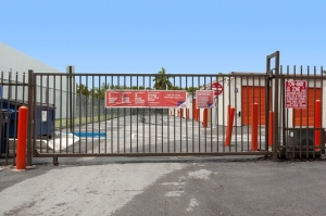 Image of Public Storage - Miami - 2445 NW 38th Street Facility on 2445 NW 38th Street  in Miami, FL - View 4