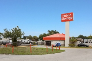Image of Public Storage - Lantana - 1801 Hypoluxo Road Facility at 1801 Hypoluxo Road  Lantana, FL