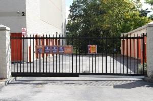 Image of Public Storage - Altamonte Springs - 521 S State Road 434 Facility on 521 S State Road 434  in Altamonte Springs, FL - View 4