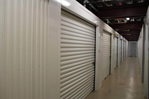 Picture of Public Storage - Orlando - 1023 N Mills Ave