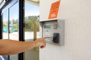 Public Storage - Ft Lauderdale - 6131 NE 14th Ave - Photo 5