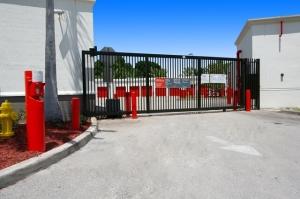 Image of Public Storage - Hollywood - 9495 Sheridan Street Facility on 9495 Sheridan Street  in Hollywood, FL - View 4