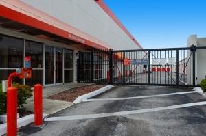 Image of Public Storage - Pompano Beach - 801 E Sample Road Facility on 801 E Sample Road  in Pompano Beach, FL - View 4