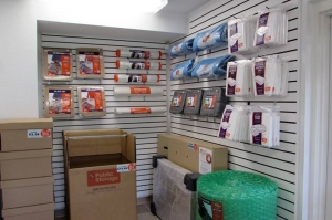 Public Storage - New Port Richey - 7139 Mitchell Blvd - Photo 3