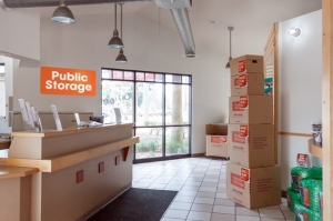 Image of Public Storage - Tampa - 1302 W Kennedy Blvd Facility on 1302 W Kennedy Blvd  in Tampa , FL - View 3