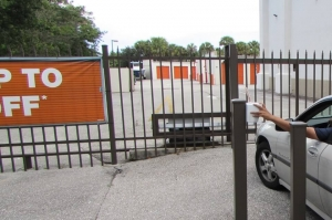 Image of Public Storage - Palm Beach Gardens - 4801 E Park Rd Facility on 4801 E Park Rd  in Palm Beach Gardens, FL - View 4