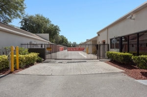Public Storage - Orlando - 250 N Goldenrod Rd - Photo 4