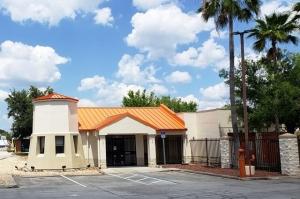 Image of Public Storage - Orlando - 4801 S Semoran Blvd Facility at 4801 S Semoran Blvd  Orlando, FL