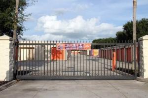 Image of Public Storage - Orlando - 4801 S Semoran Blvd Facility on 4801 S Semoran Blvd  in Orlando, FL - View 4