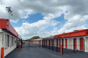 Image of Public Storage - West Palm Beach - 833 S Military Trail Facility on 833 S Military Trail  in West Palm Beach, FL - View 4