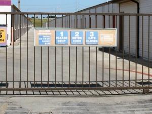 Image of Public Storage - San Antonio - 2505 S Hackberry Facility on 2505 S Hackberry  in San Antonio, TX - View 4