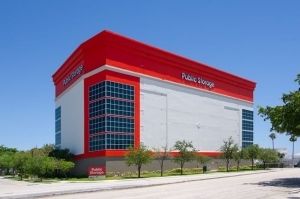 Image of Public Storage - Ft Lauderdale - 701 SE 24th St Facility at 701 SE 24th St  Ft Lauderdale, FL