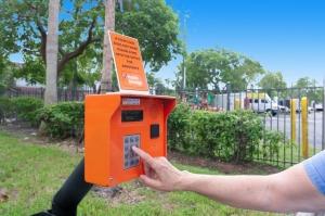 Public Storage - Davie - 12451 Orange Dr - Photo 5