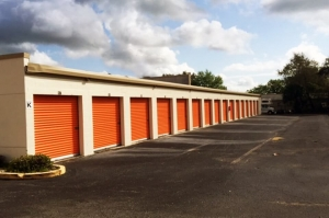 Image of Public Storage - Longwood - 2800 W State Road 434 Facility on 2800 W State Road 434  in Longwood, FL - View 2