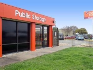 Image of Public Storage - Austin - 8128 N Lamar Blvd Facility at 8128 N Lamar Blvd  Austin, TX