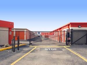 Image of Public Storage - Austin - 8128 N Lamar Blvd Facility on 8128 N Lamar Blvd  in Austin, TX - View 4