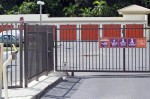 Image of Public Storage - Lake Worth - 5359 S State Rd 7 Facility on 5359 S State Rd 7  in Lake Worth, FL - View 4