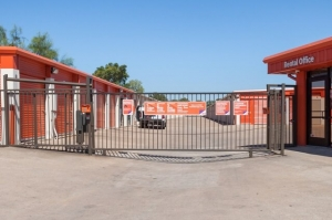 Image of Public Storage - Austin - 5016 E Ben White Blvd Facility on 5016 E Ben White Blvd  in Austin, TX - View 4