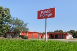 Public Storage - Austin - 5016 E Ben White Blvd - Photo 1