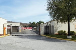 Public Storage - Orlando - 10053 Lake Underhill Rd - Photo 4