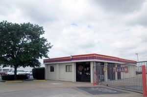 Image of Public Storage - No Richland Hills - 4921 Davis Blvd Facility at 4921 Davis Blvd  No Richland Hills, TX