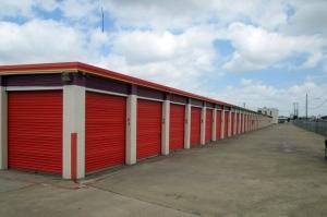 Image of Public Storage - No Richland Hills - 4921 Davis Blvd Facility on 4921 Davis Blvd  in No Richland Hills, TX - View 2