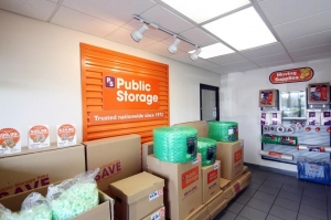 Image of Public Storage - Aventura - 21280 Biscayne Blvd Facility on 21280 Biscayne Blvd  in Aventura, FL - View 3
