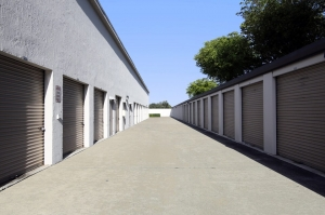 Image of Public Storage - Aventura - 21280 Biscayne Blvd Facility on 21280 Biscayne Blvd  in Aventura, FL - View 2