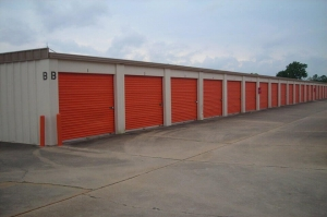 Image of Public Storage - Webster - 15114 Highway 3 Facility on 15114 Highway 3  in Webster, TX - View 2
