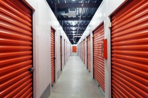 Image of Public Storage - Houston - 1165 North Loop West Facility on 1165 North Loop West  in Houston, TX - View 2