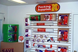 Public Storage - San Antonio - 555 W Sunset Road - Photo 3