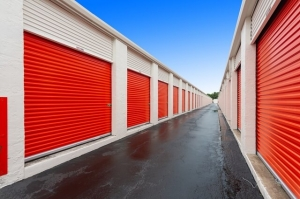 Image of Public Storage - Hollywood - 851 Knights Rd Facility on 851 Knights Rd  in Hollywood, FL - View 2