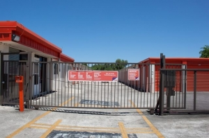 Image of Public Storage - San Antonio - 1425 Austin Highway Facility on 1425 Austin Highway  in San Antonio, TX - View 4