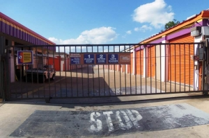 Image of Public Storage - Houston - 7780 Harwin Drive Facility on 7780 Harwin Drive  in Houston, TX - View 4