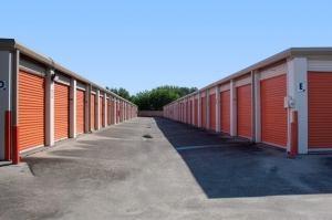 Image of Public Storage - Houston - 12670 Veterans Memorial Drive Facility on 12670 Veterans Memorial Drive  in Houston, TX - View 2