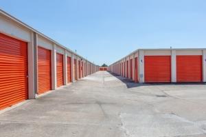 Image of Public Storage - Houston - 12335 Bellaire Blvd Facility on 12335 Bellaire Blvd  in Houston, TX - View 2