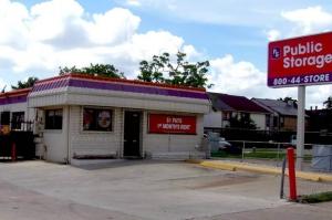 Picture of Public Storage - Houston - 12400 Fondren Road