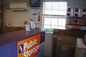 Image of Public Storage - Pensacola - 944 Creighton Road Facility on 944 Creighton Road  in Pensacola, FL - View 3