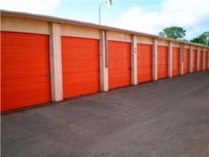Image of Public Storage - Lewisville - 1419 S. Stemmons Fwy Facility on 1419 S. Stemmons Fwy  in Lewisville, TX - View 2