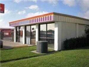 Image of Public Storage - Lewisville - 1419 S. Stemmons Fwy Facility at 1419 S. Stemmons Fwy  Lewisville, TX