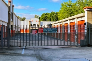 Image of Public Storage - Tampa - 3413 W Hillsborough Ave Facility on 3413 W Hillsborough Ave  in Tampa, FL - View 4