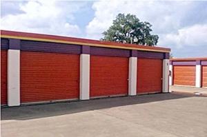 Image of Public Storage - Arlington - 100 N Collins #101 Facility on 100 N Collins #101  in Arlington, TX - View 2