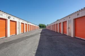 Image of Public Storage - Houston - 9030 North Freeway Facility on 9030 North Freeway  in Houston, TX - View 2