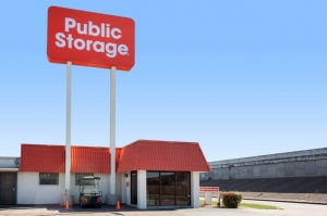 Image of Public Storage - Houston - 9030 North Freeway Facility at 9030 North Freeway  Houston, TX