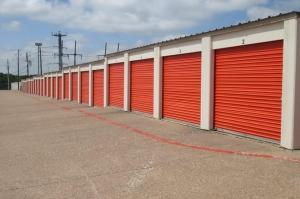 Image of Public Storage - Carrollton - 1225 West Trinity Mills Rd Facility on 1225 West Trinity Mills Rd  in Carrollton, TX - View 2