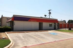 Image of Public Storage - Pantego - 2300 West Park Row Facility at 2300 West Park Row  Pantego, TX