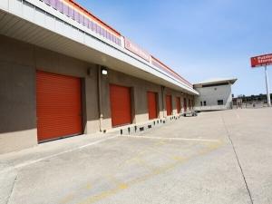 Public Storage - Dallas - 2439 Swiss Ave - Photo 2
