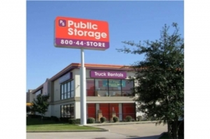 Image of Public Storage - Houston - 7715 Katy Freeway Facility at 7715 Katy Freeway  Houston, TX