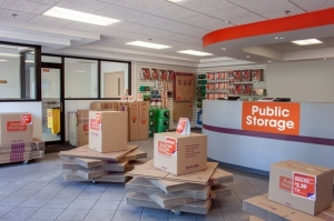 Picture of Public Storage - Houston - 2303 W Loop S