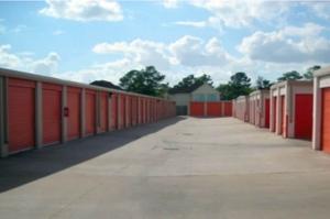Image of Public Storage - Houston - 6502 Highway 6 South Facility on 6502 Highway 6 South  in Houston, TX - View 2